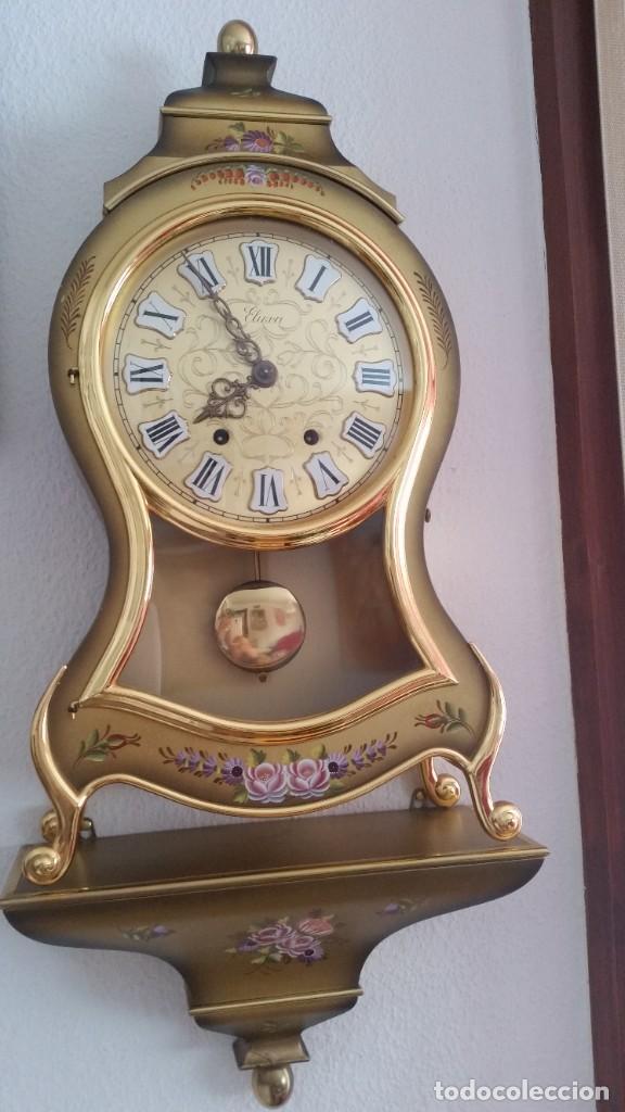 Relojes de pared: ANTIGUIO Y PRECIOSO RELOG ELUXA HECHO MADERA Y PINTAD MANO FONCIONA PERFECTO,TOCA LAS CAMPANAS AN 30 - Foto 2 - 244495000