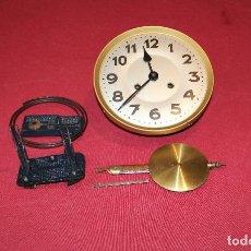 Relojes de pared: ANTIGUO MAQUINA DE RELOJ DE PARED. Lote 244868590
