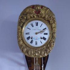 Relojes de pared: ANTIGUO RELOJ MOREZ -PENDULO DE LIRA - SIGLO XIX. Lote 245716280