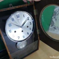 Relojes de pared: ANTIGUO RELOJ DE PARED DE CUERDA SARS, MUY MUY BOTITO. Lote 246368475