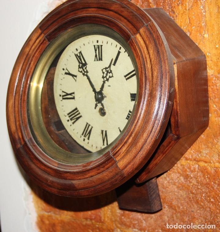 Relojes de pared: ANTIGUO RELOJ DE PARED OJO DE BUEY DE PEQUEÑO TAMAÑO - Foto 2 - 246528205