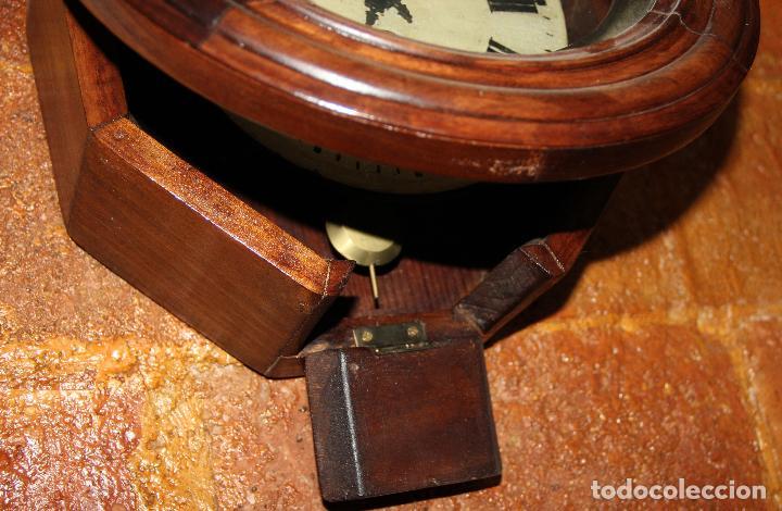 Relojes de pared: ANTIGUO RELOJ DE PARED OJO DE BUEY DE PEQUEÑO TAMAÑO - Foto 4 - 246528205