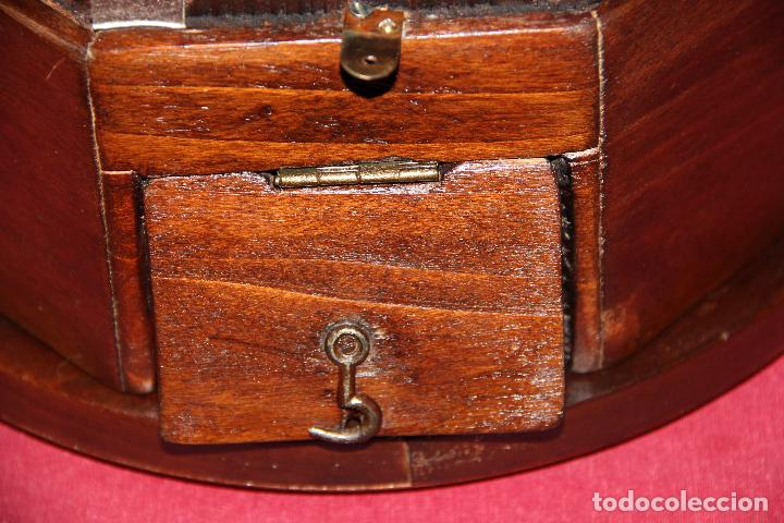 Relojes de pared: ANTIGUO RELOJ DE PARED OJO DE BUEY DE PEQUEÑO TAMAÑO - Foto 7 - 246528205