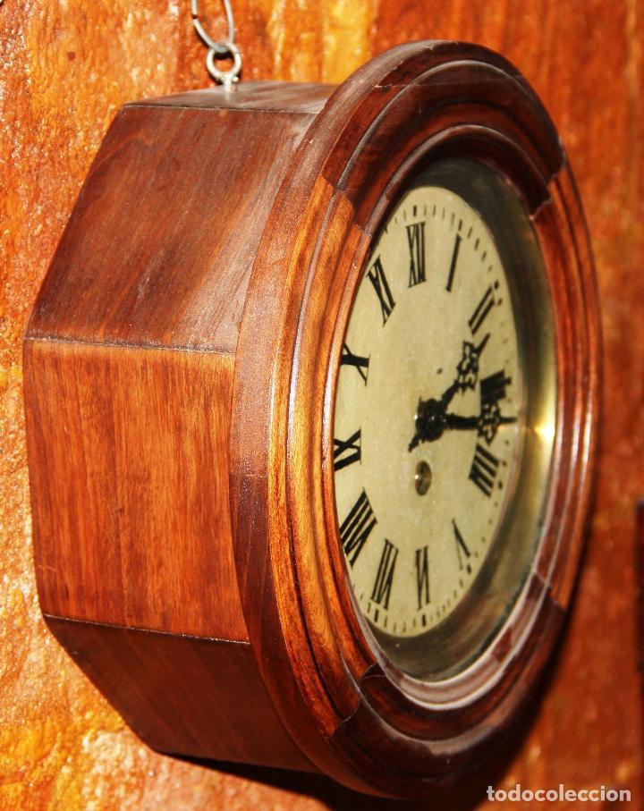 Relojes de pared: ANTIGUO RELOJ DE PARED OJO DE BUEY DE PEQUEÑO TAMAÑO - Foto 8 - 246528205