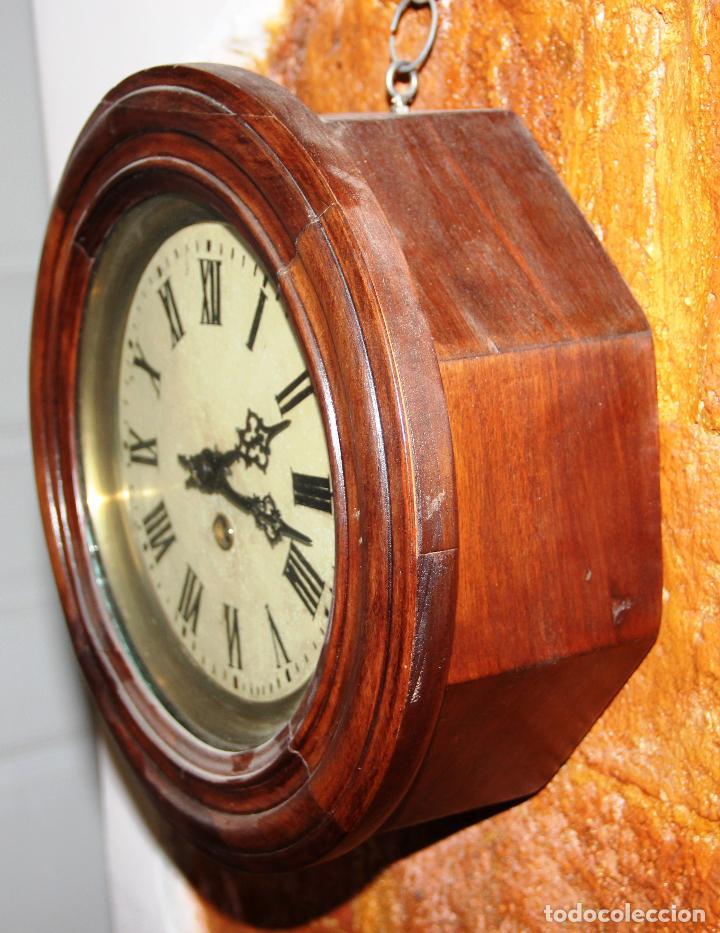 Relojes de pared: ANTIGUO RELOJ DE PARED OJO DE BUEY DE PEQUEÑO TAMAÑO - Foto 9 - 246528205