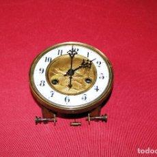 Relojes de pared: ANTIGUA MAQUINA DE RELOJ DE PARED PHS. Lote 246534200