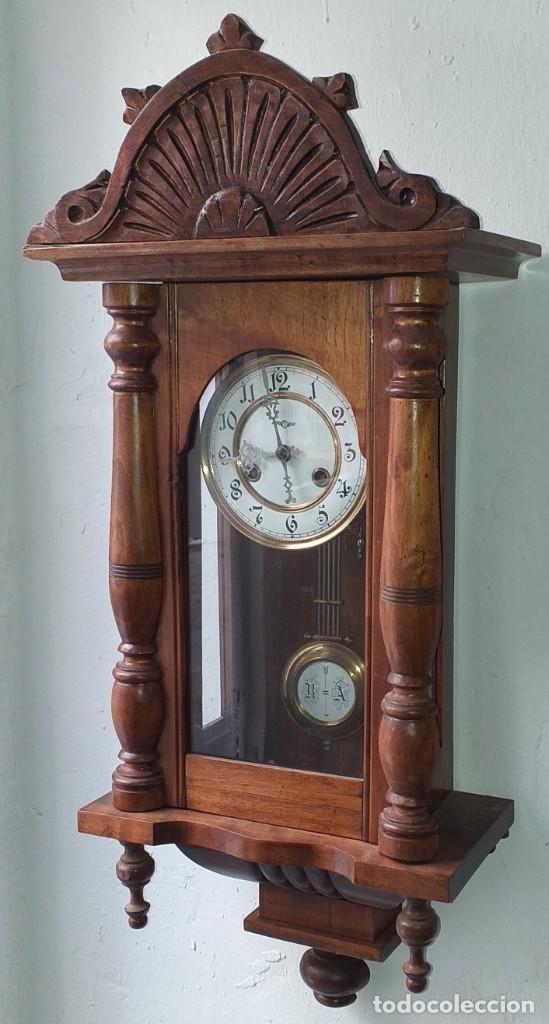 Relojes de pared: RELOJ DE PARED PRIMER CUARTO SIGLO XX MARCA KIENZLE - FUNCIONA - Foto 2 - 246823485