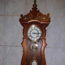 Relojes de pared: RELOJ FUNCIONANDO MUY BUEN ESTADO,CUERDA 31 DIAS.. Lote 248466390