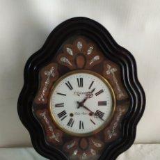 Relojes de pared: ANTIGUO RELOJ OJO DE BUEY CON NÁCAR IMPECABLE. Lote 248738060