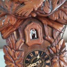 Relojes de pared: ANTIQUÍSIMO Y RARO RELOJ CUCÚ MINIATURA. Lote 248740975