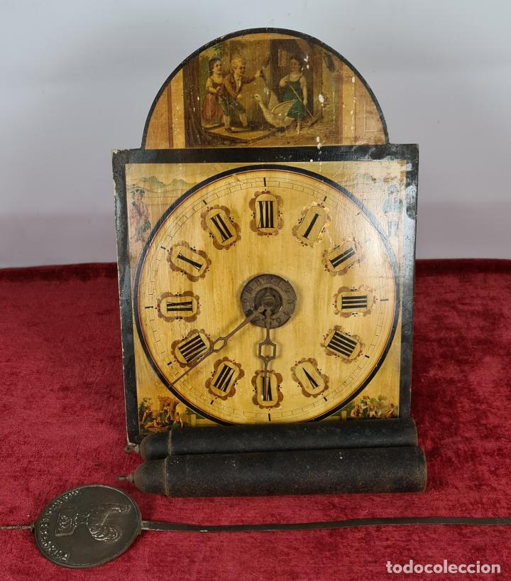 RELOJ DE PARED. RATERA. FRONTAL DE MADERA. SELVA NEGRA. ALEMANIA. SIGLO XIX. (Relojes - Pared Carga Manual)
