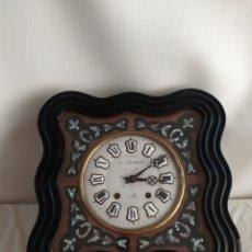 Horloges murales: ANTIGUO RELOJ OJO DE BUEY CON NÁCAR SIGLO XIX. Lote 252070300