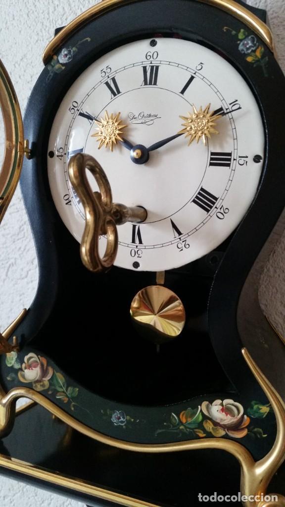 Relojes de pared: PRECIOSO Y ANTIGUIO RELOG DE PAREDE ,DU Chateaux MADE SUIZA HECHO EN LALIKE PINTADO A MANO ANOS 40. - Foto 4 - 253855745