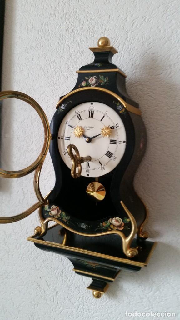 Relojes de pared: PRECIOSO Y ANTIGUIO RELOG DE PAREDE ,DU Chateaux MADE SUIZA HECHO EN LALIKE PINTADO A MANO ANOS 40. - Foto 6 - 253855745