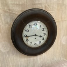 Relojes de pared: BONITO RELOJ ANTIGUO DE PARED!. Lote 253920475