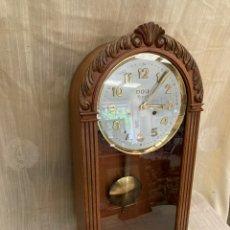 Relojes de pared: ANTIGUO RELOJ DE PARED!DOU RIPOLL!. Lote 254095080