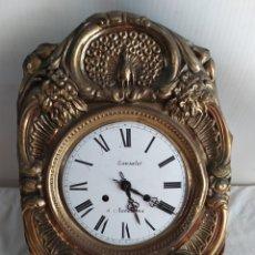 Relojes de pared: ANTIGUO RELOJ DE PARED LE FALTA EL PÉNDULO. Lote 254166475