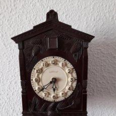 Relojes de pared: RELOJ CUCO CUCU MAYAK MADE IN USSR URSS RÚSSIA BAQUELITA. Lote 254379945