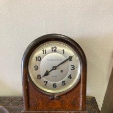 Relojes de pared: PRECIOSO RELOJ DE PARED FERNÁNDEZ Y HERRERO, MALAGA. Lote 257416620