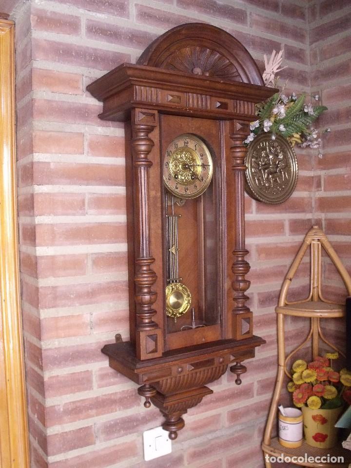 PRECIOSO RELOJ HENRI II JAPY FRERES-EN NOGAL- SONIDO CARILLON- AÑO 1900-10-FUNCIONA (Relojes - Pared Carga Manual)
