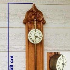 Relojes de pared: RELOJ DE SIERRA (SIGLO XX) FUNCIONA. Lote 261983230