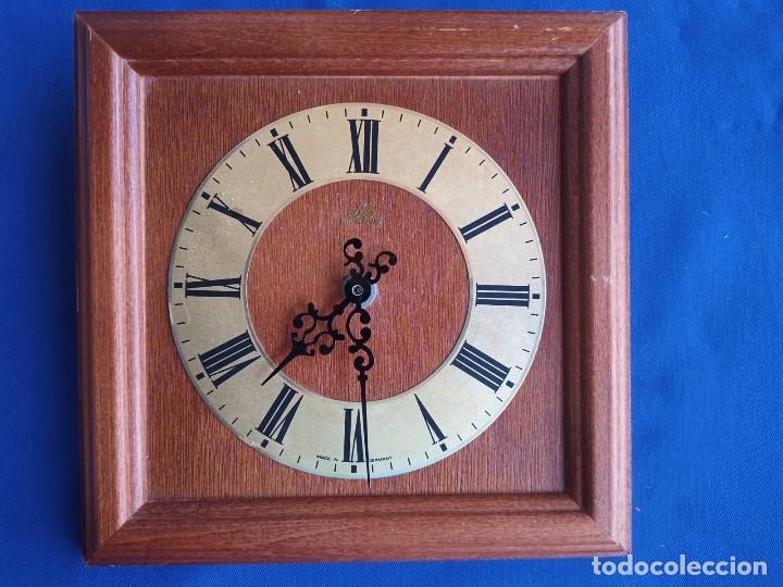 RELOJ DE PARED, FABRICADO EN MADERA VINTAGE MEISTER- ANKER, FABRICADO EN ALEMANIA. (Relojes - Pared Carga Manual)
