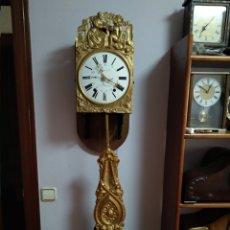 Relojes de pared: ANTIGUO RELOJ MOREZ - SIGLO XIX -PENDULO REAL DECORADO. Lote 265417059