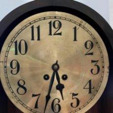 Relojes de pared: RELOJ DE PARED CON SONERIA - MADERAS NOBLES Y CRISTALES BISELADOS - PP S. XX. Lote 265680999