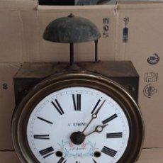 Horloges murales: ANTIGUO RELOJ MOREZ, CAMPANA DE BRONCE. Lote 267256564