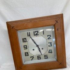 Relojes de pared: BONITO RELOJ ANTIGUO DE PARED!. Lote 268835674