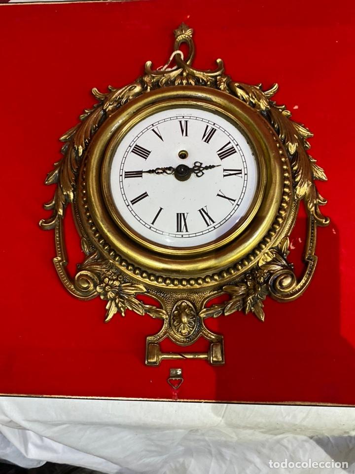 ANTIGUO RELOJ DE PARED DE CUERDA MADE IN GERMANY . BUEN ESTADO Y FUNCIONAMIENTO(30X24 CM) (Relojes - Pared Carga Manual)