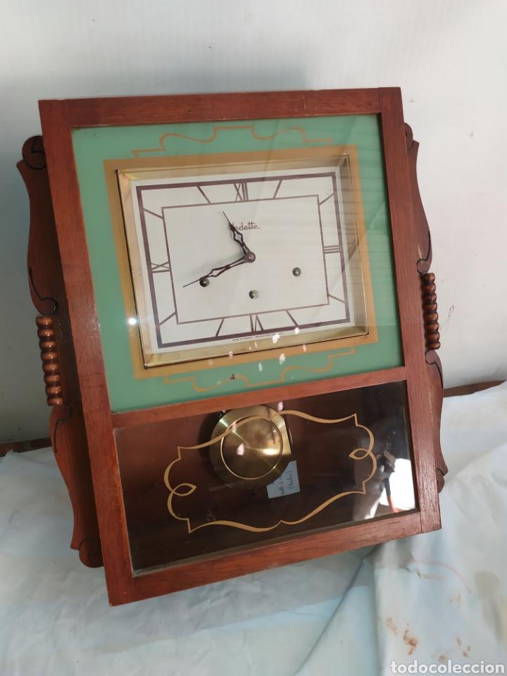 IMPRESIONANTE RELOJ CARRILLÓN VEDETTE SONERIA A LOS CUARTOS IMPECABLE (Relojes - Pared Carga Manual)