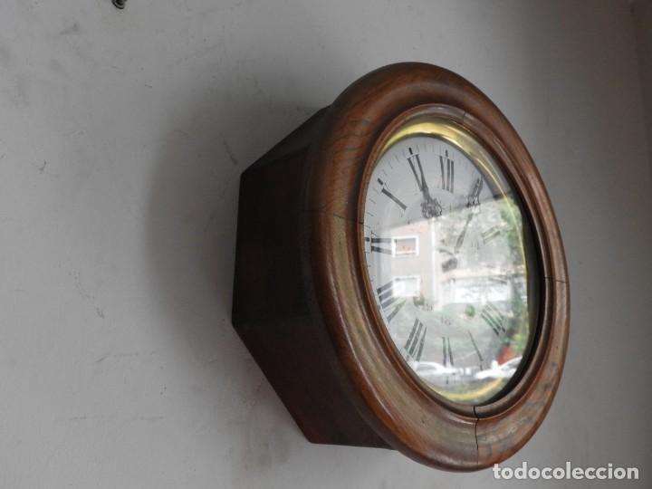 Relojes de pared: RELOJ DE PARED REDONDO DE MADERA DE ROBLE SIN SONERIA - Foto 9 - 267859484