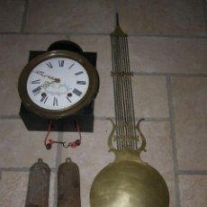 Relojes de pared: ANCIEN MOUVEMENT DE COMTOISE + BALANCIER LYRE D 27CM + 2 POIDS + CLÉ. Lote 270099813