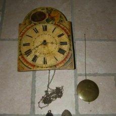 Relojes de pared: ANCIEN MOUVEMENT DE COMTOISE FORÊT NOIRE (XVIIIÈ) AVEC SON BALANCIER ET 2 POIDS. Lote 270101053