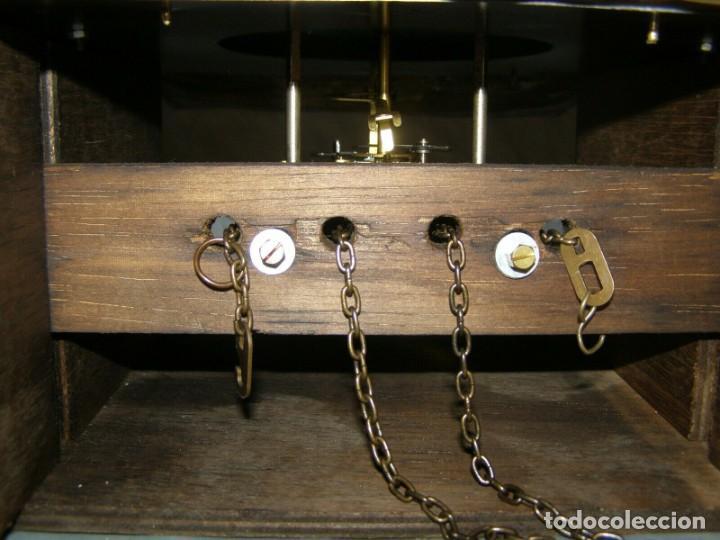 Relojes de pared: Ancien mouvement de comtoise + balancier lyre diamètre 28cm + 2 poids + clé - Foto 4 - 270101628