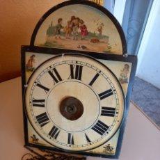 Relojes de pared: MUY ANTIGUO RELOJ ,RATERA?PARA PIEZAS O SI ALGUIEN LO PUEDE ARREGLAR. Lote 271937018