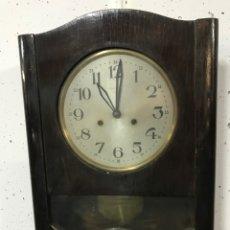 Relojes de pared: RELOJ ANTIGUO DE PARED. Lote 274936643