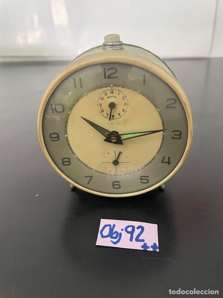 ANTIGUO RELOJ DESPERTADOR (Relojes - Pared Carga Manual)