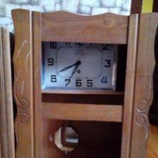 Relojes de pared: ANTIGUO RELOJ DE PARED. Lote 275745043