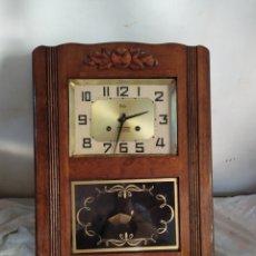 Relojes de pared: ANTIGUO RELOJ DE PARED CON SONERIA. Lote 276151853