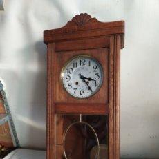 Relojes de pared: ANTIQUÍSIMO RELOJ DE PARED CON SONERIA IMPECABLE. Lote 276154603