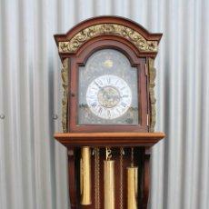 Relojes de pared: RELOJ DE PARED MARCA RADIANT, CON TRES PESAS Y UN PÉNDULO. RELOJ CARRILLÓN. Lote 276235193