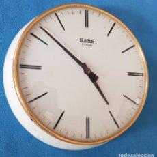 Relojes de pared: RELOJ COCINA VINTAGE, CARGA MANUAL, AÑOS 60. Lote 276365873