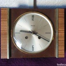 Relojes de pared: ANTIGUO RELOJ DE PARED CARGA MANUAL HERMLE. Lote 276598568