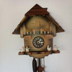 Horloges murales: ANTIGUO RELOJ DE CUCO, SELVA NEGRA, ALEMANIA.. Lote 276662858
