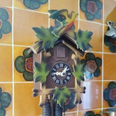 Relojes de pared: RELOJ DE CUCO SELVA NEGRA FUNCIONANDO. Lote 277612413