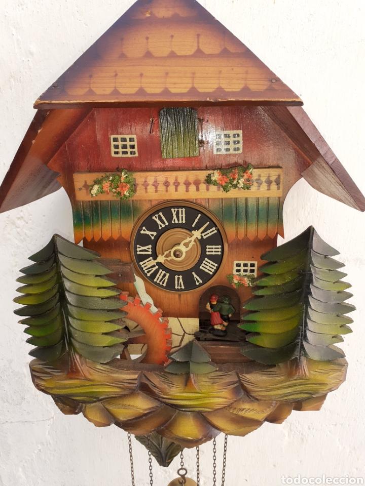 RELOJ DE CUCO,MOVIMIENTO,SONERIA Y BORDON, VER FOTOS Y DESCRIPCION.. (Relojes - Pared Carga Manual)
