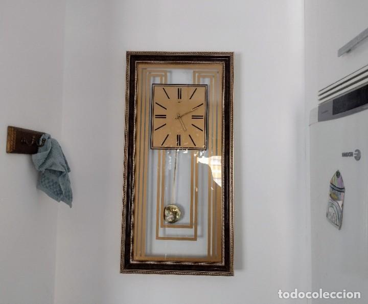 ELEGANTE RELOJ DE PARED 81CM X 41CM (Relojes - Pared Carga Manual)
