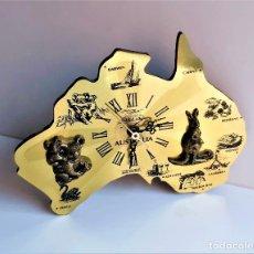 Relojes de pared: RELOJ PARED GERMANY ESTILO MAPA DE AUSTRALIA - 24 X 18 X 2.5.CM - COLOR DORADO. Lote 285735418